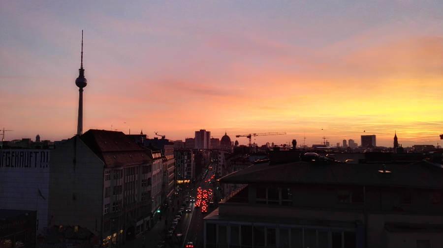 berlin fernsehturm sonnenuntergang
