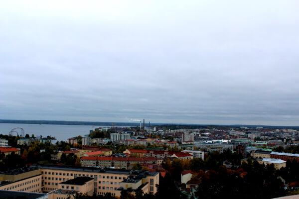 Bild von Aussichtsturm in Pyynikki über ganz Tampere