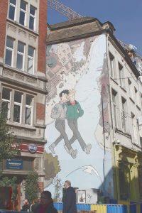 Grafitti an Häuserwand in Brüssel, Belgien