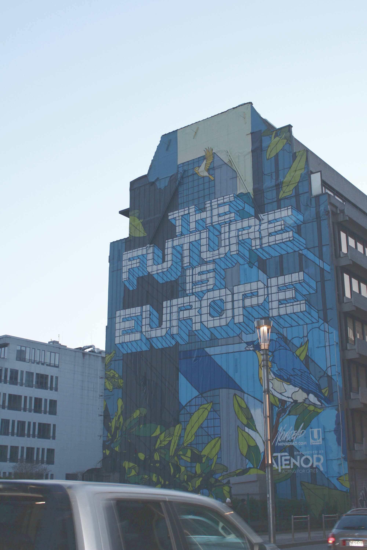 Graffiti an Hauswand im Europäischen Viertel in Brüssel, Belgien