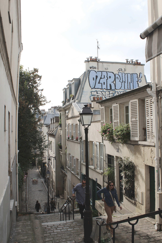 Treppe im Pariser Viertel Mont-Martre