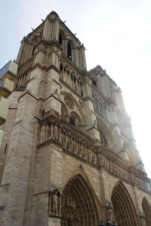 Blick auf die Kathedrale Notre-Dame in Paris
