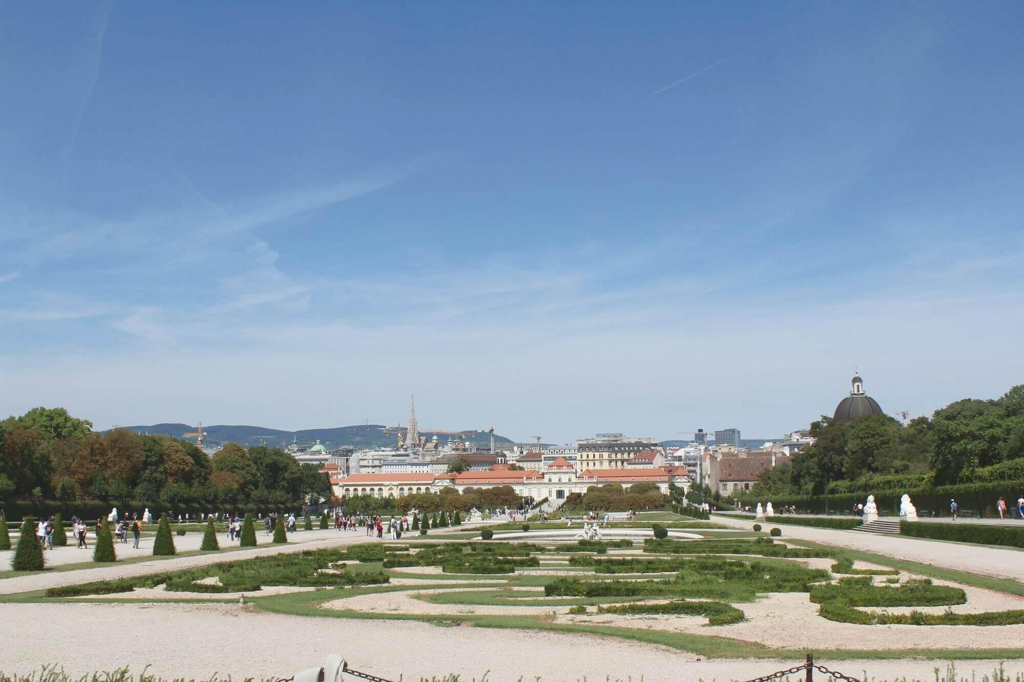 Ausblick vom Schloss Belvedere auf Wien