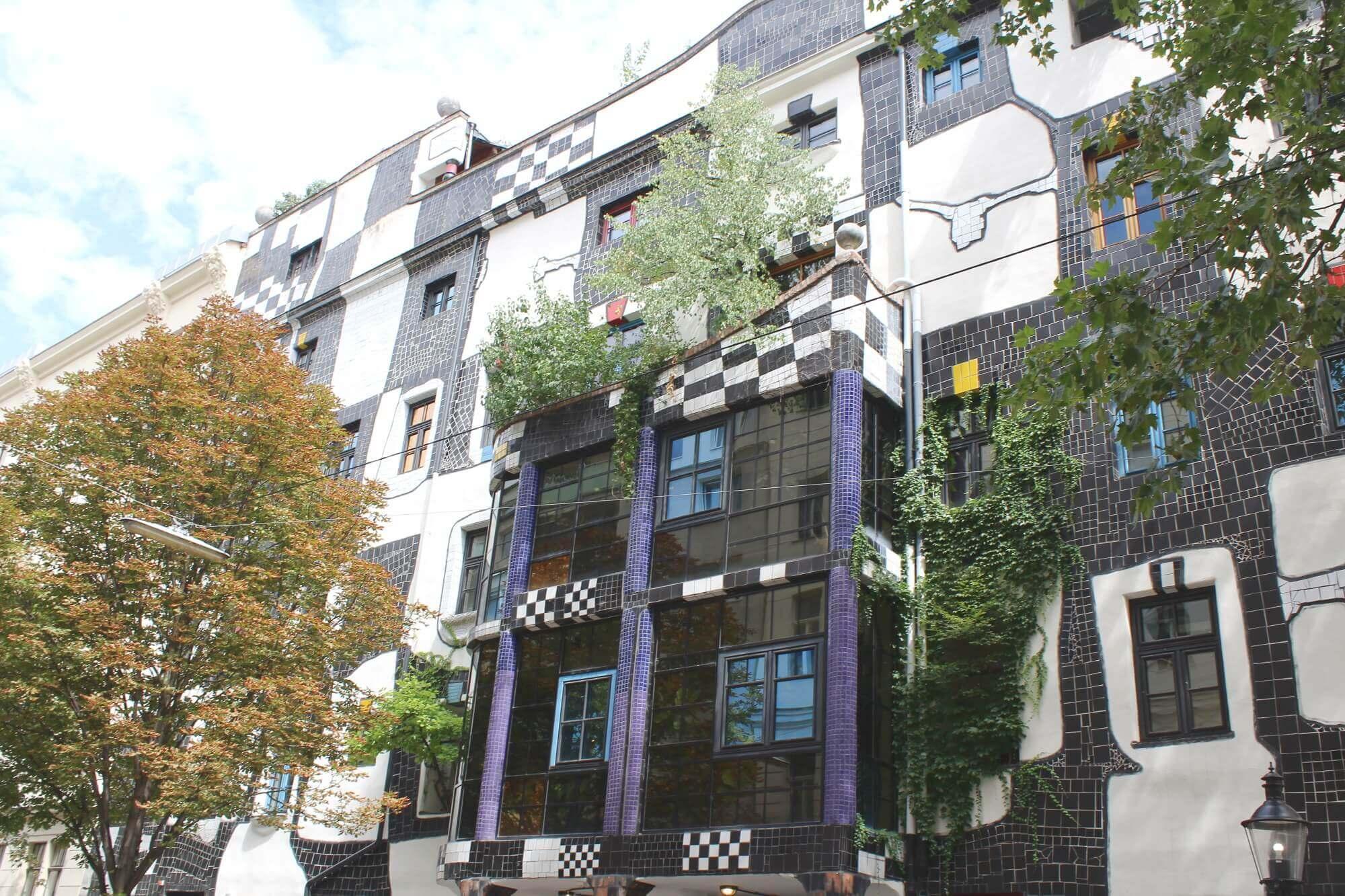 Haus der Kunst in Wien im Hundertwasserstil
