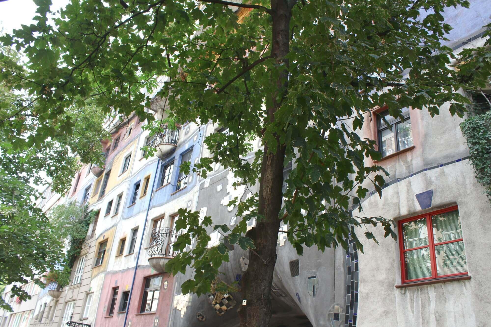 Hundertwasserhaus Wien Seitenansicht