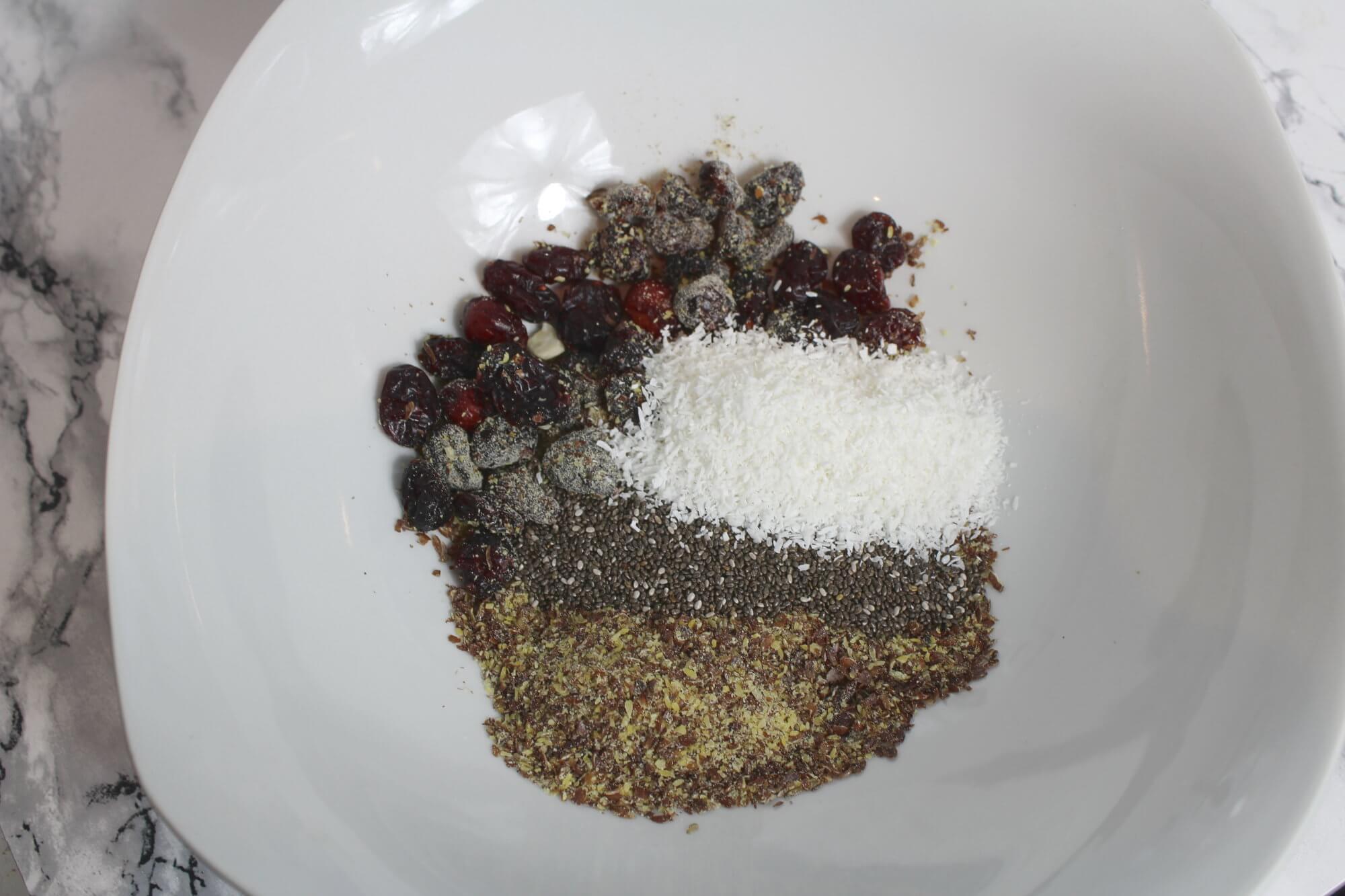 Knuspermüsli selber machen Samen als Zutaten
