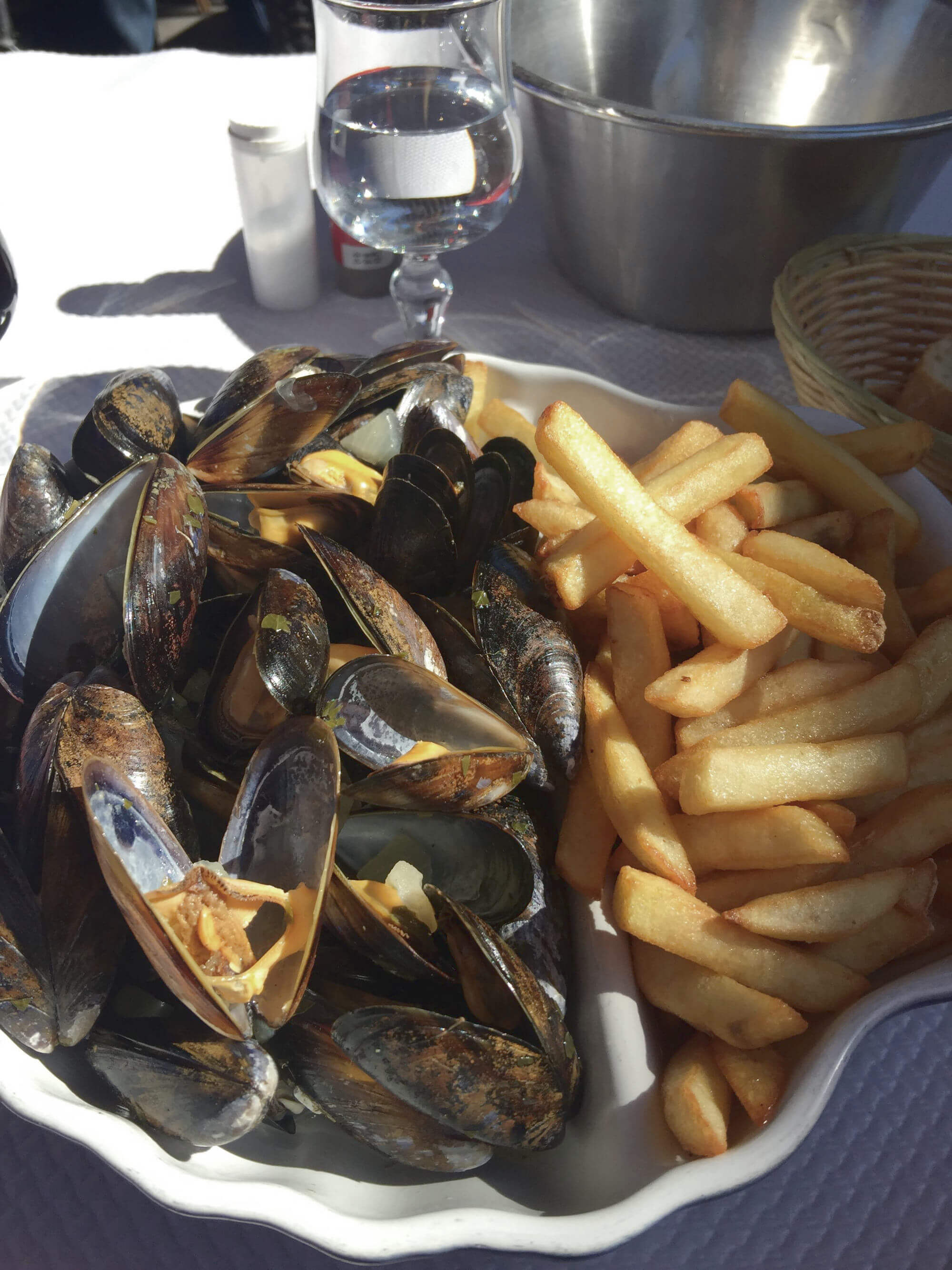 Essen in Bordeaux: Moules et Frites