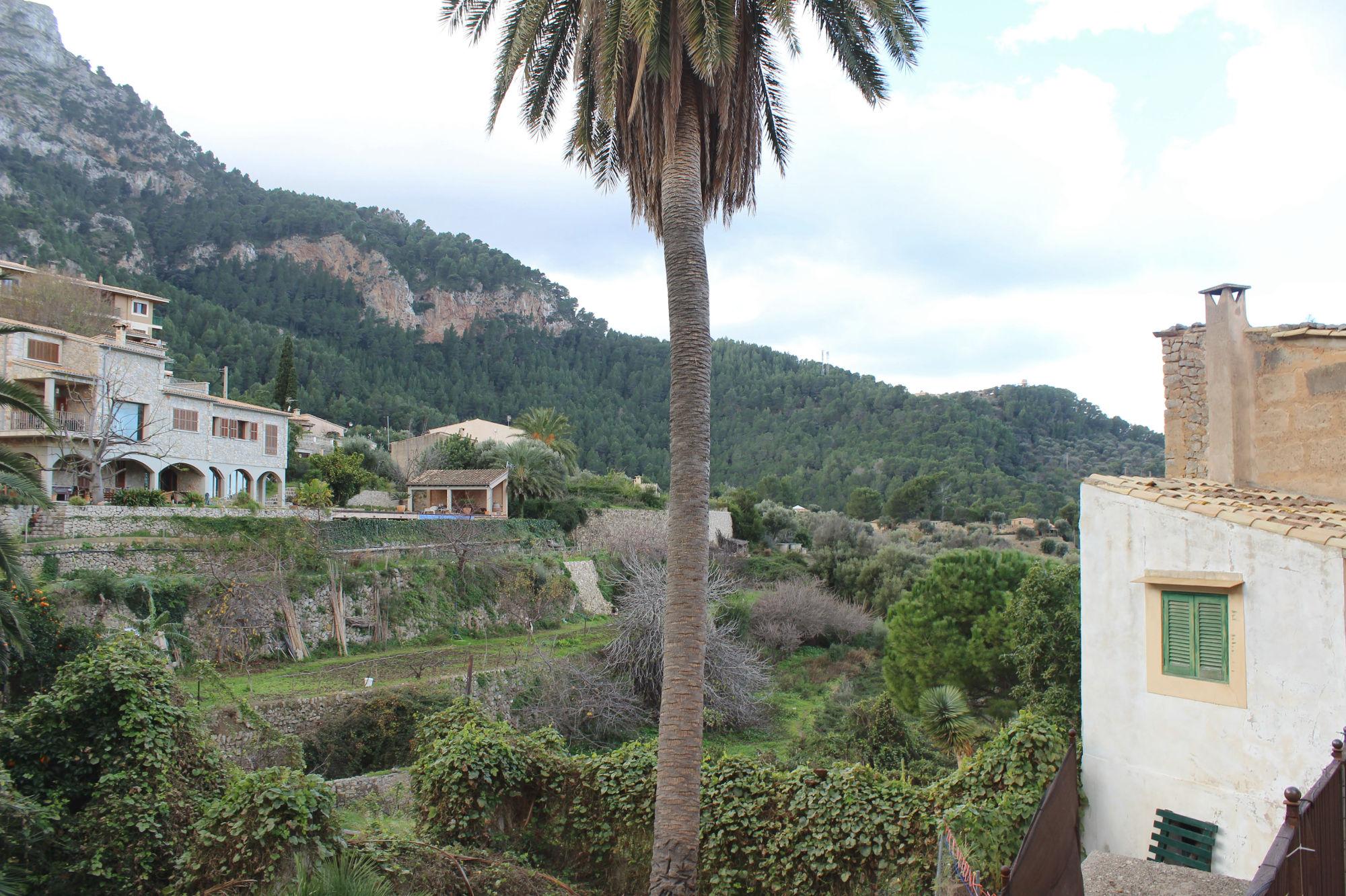Blick auf Estellencs auf Mallorca