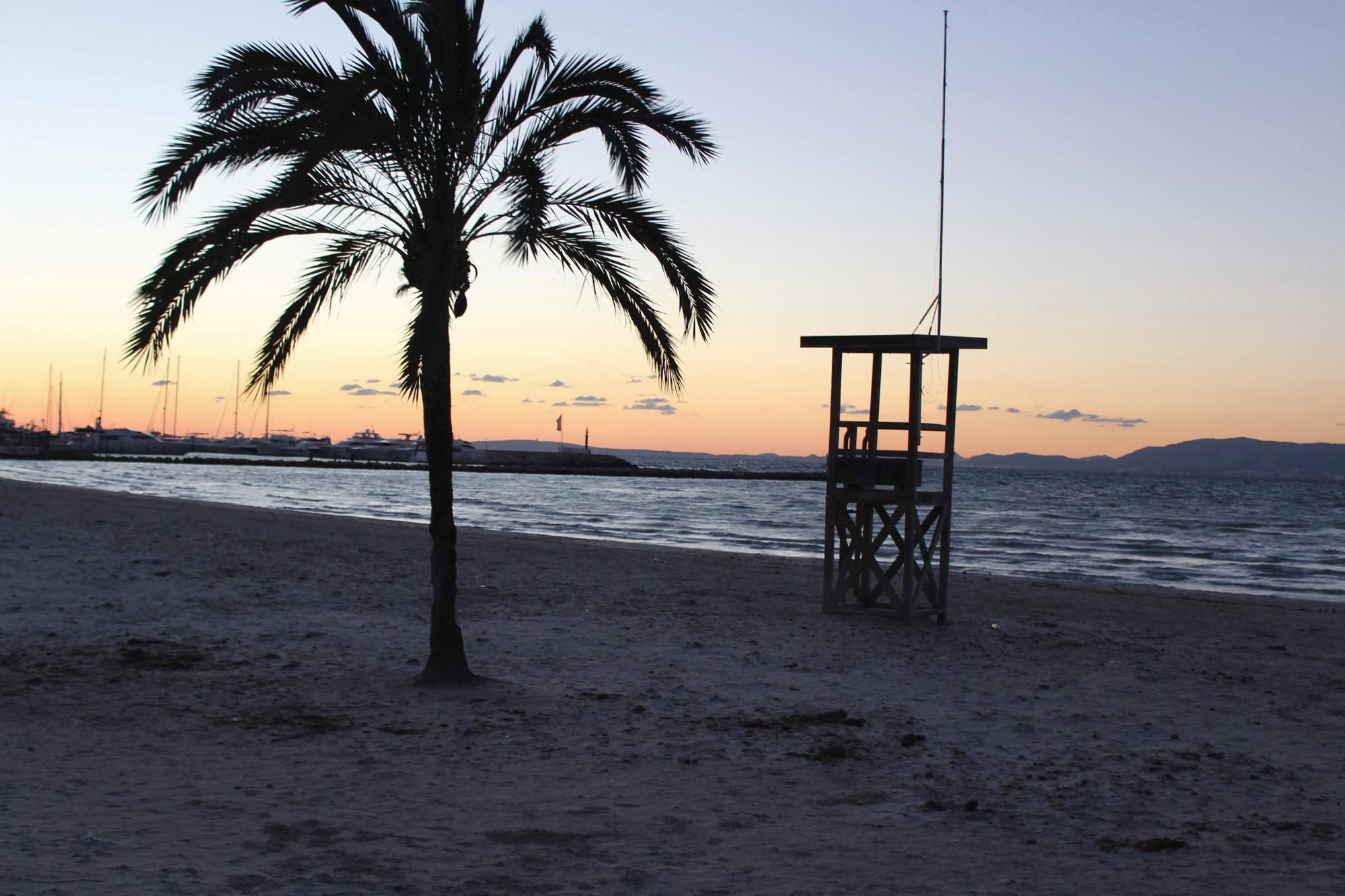 Sonnenuntergang am Strand von S'Arenal
