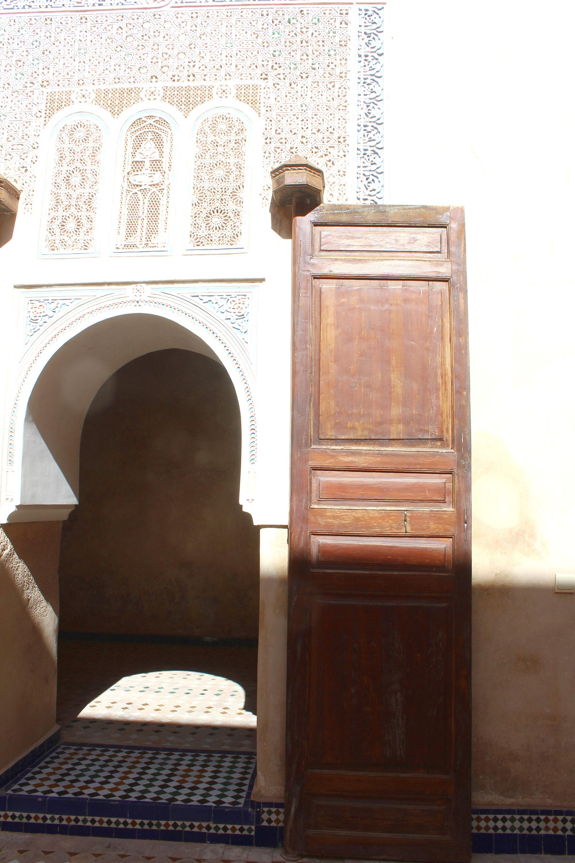 Palasttor im Palais de la Bahia in Marrakesch