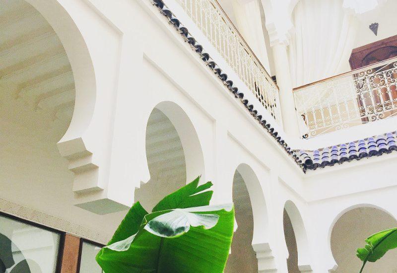 Bilck auf Architektur in Riad in Marrakesch