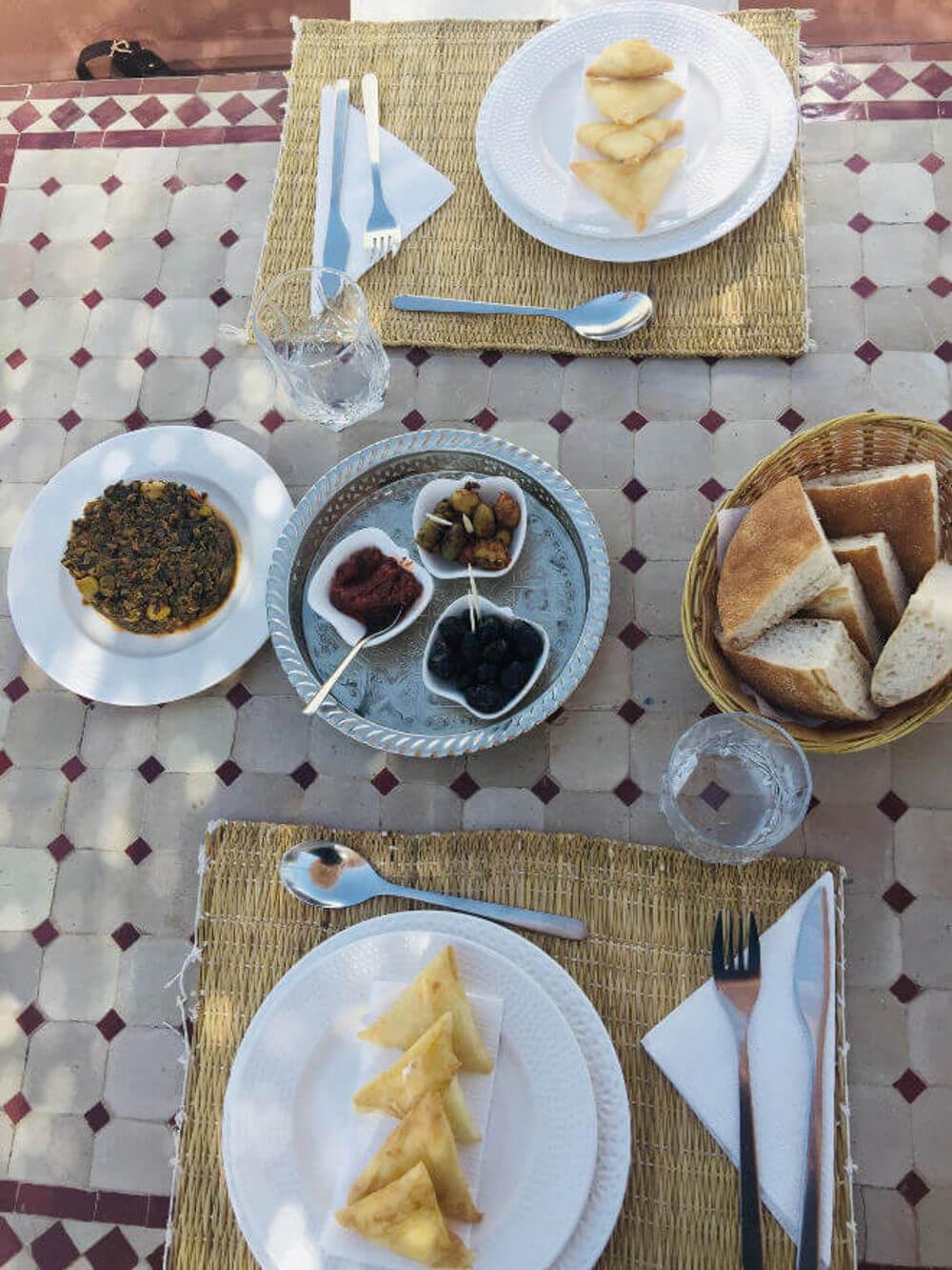 Marokkanische Briouats und weitere Vorspeisen