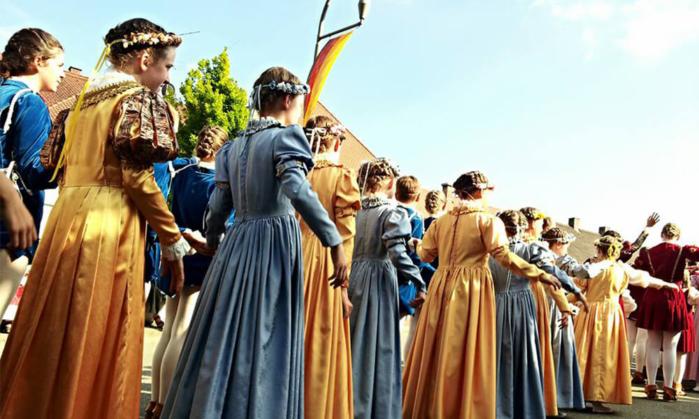 Umzug des Neuburger Schlossfestes