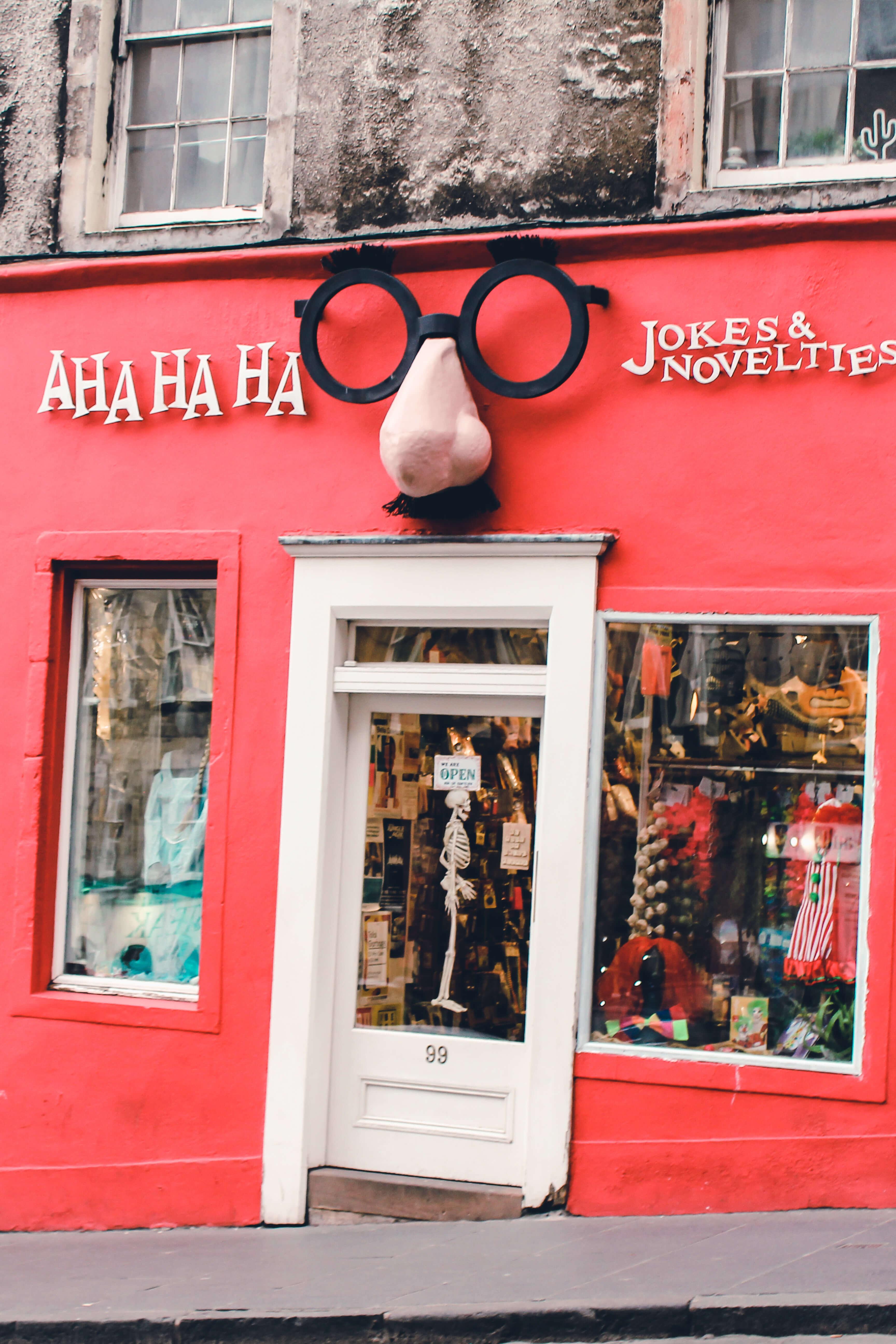 Scherzartikelladen Victoria Street Edinburgh