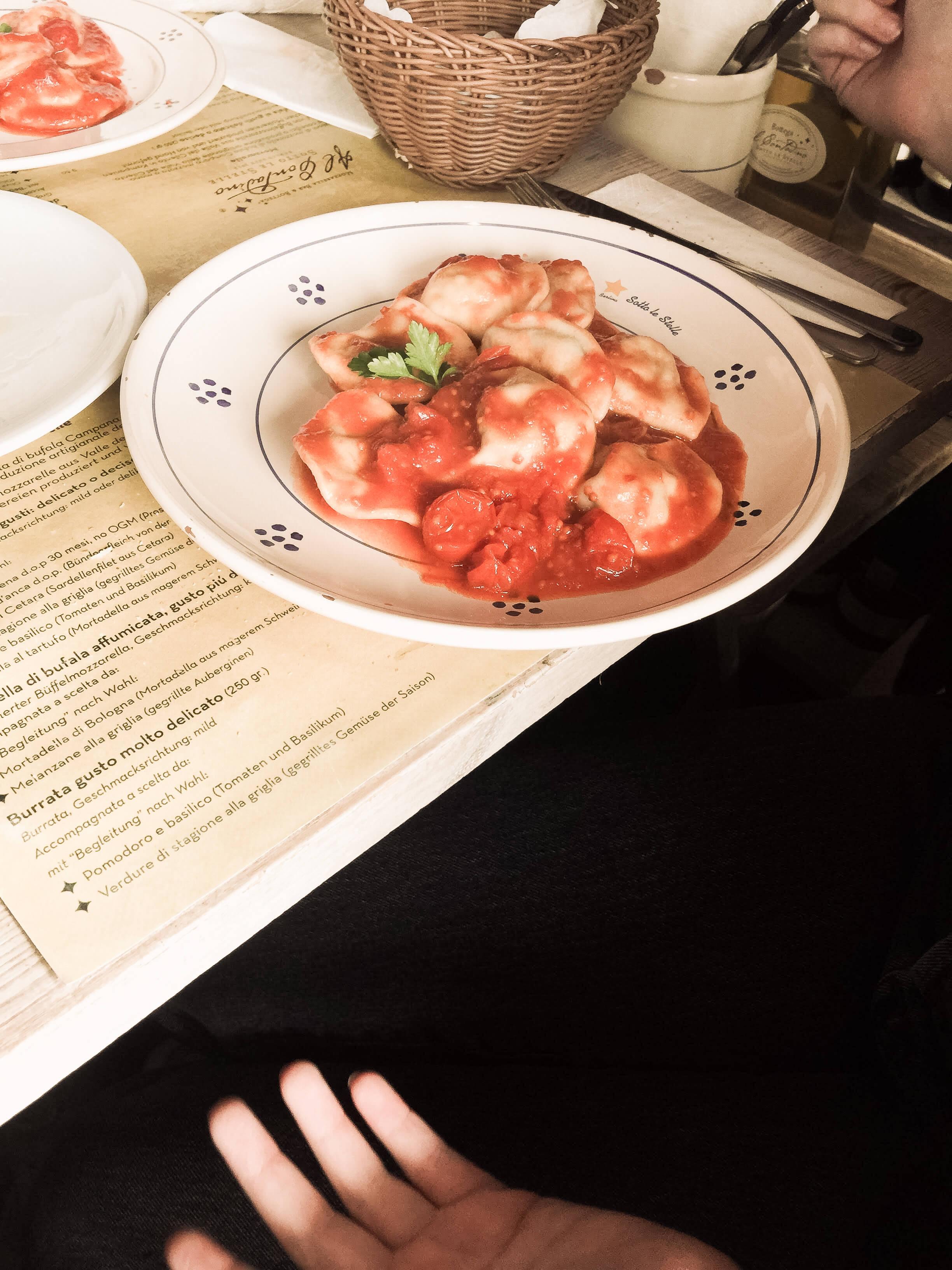 Italienische Paste im Restaurant Mozzarellabar in Berlin-Mitte