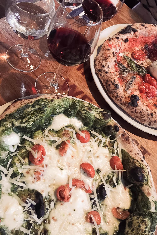 Neapolitanische Pizza im Malafemmena in Berlin-Friedenau
