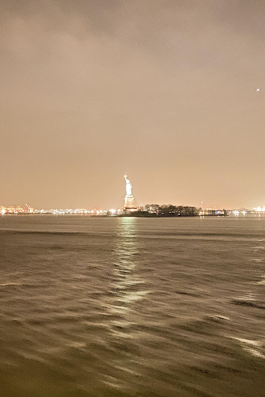 Freiheitsstatue von der Staten Island Ferry