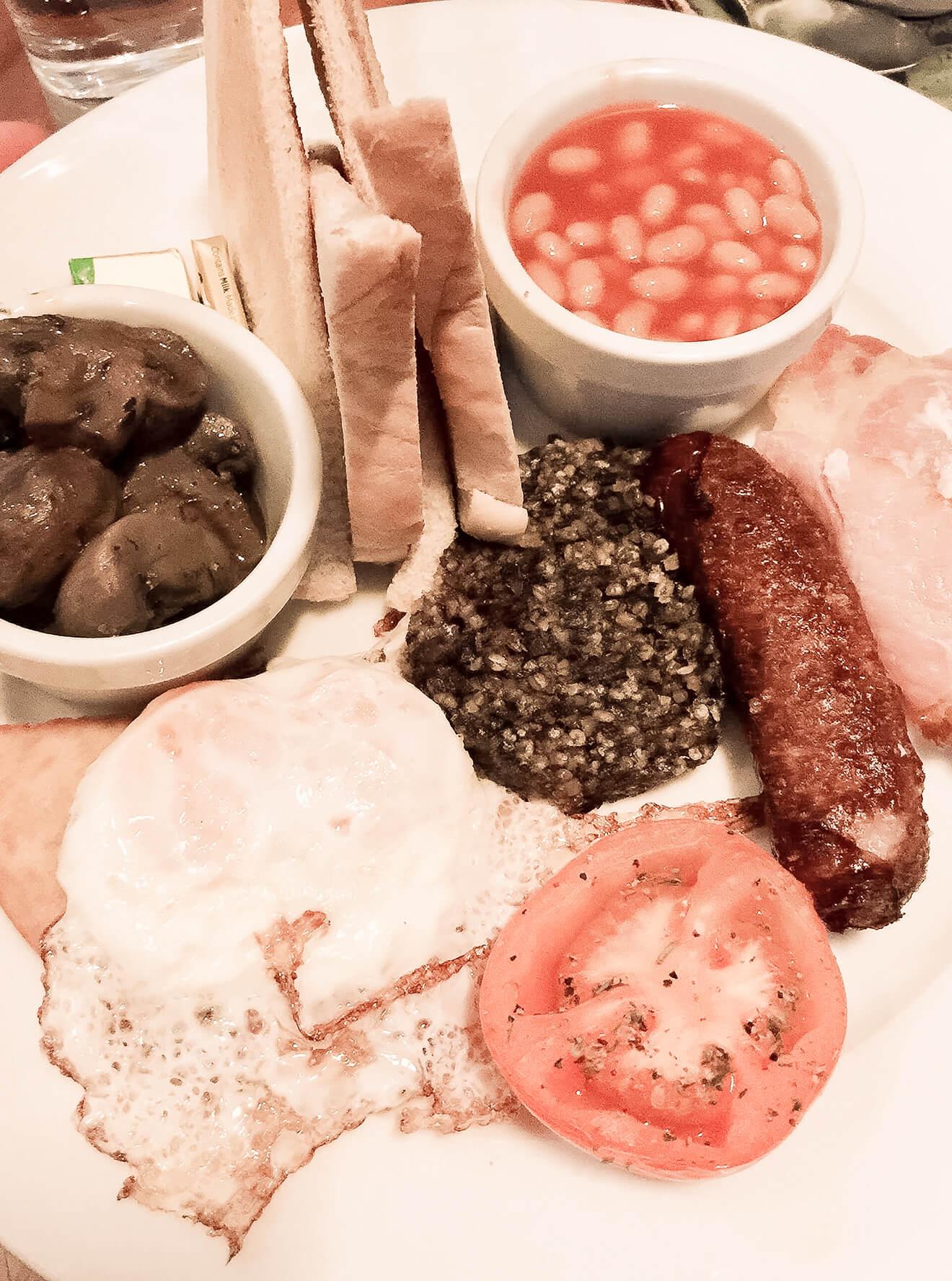 Schottisches Frühstück