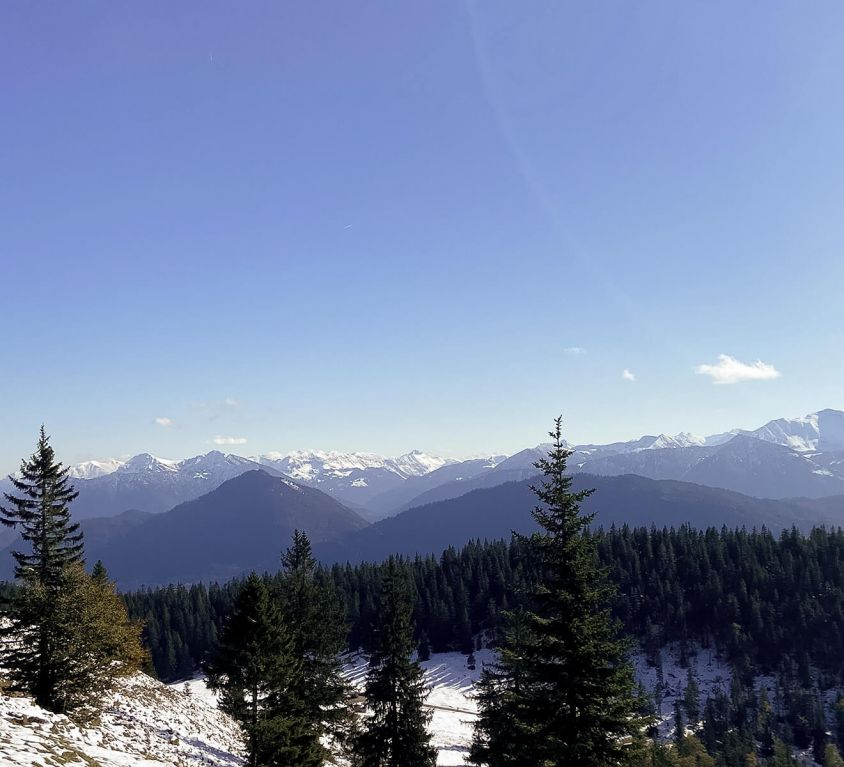Ausblick vom Gipfel des Jochbergs