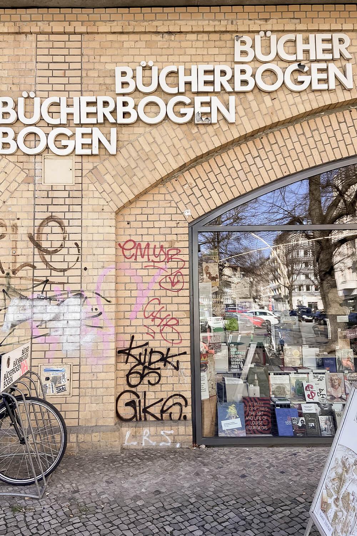 Frontansicht Bücherbogen in Berlin-Charlottenburg