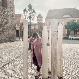 Spargelstatue in Beelitz auf dem Kirchplatz