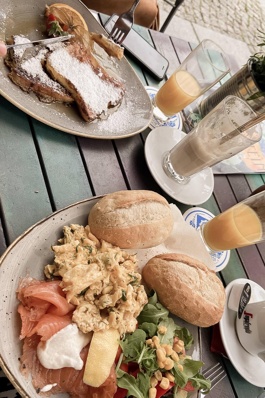 Hafenfrüshtück im Café Eckstein in Dresden-Neustadt