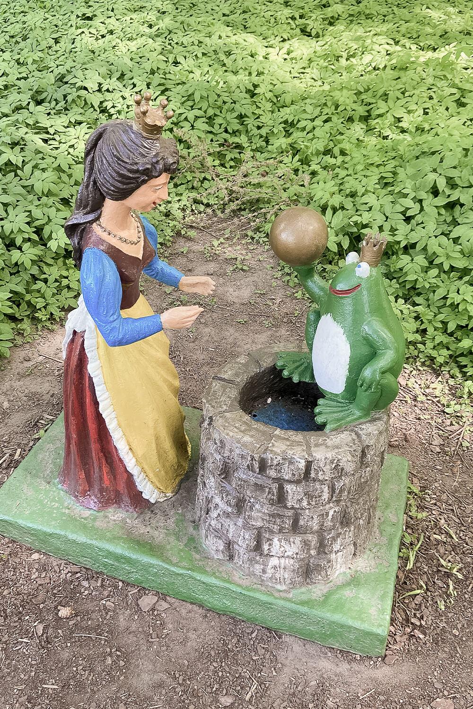 Froschkönig in den Gärten der Welt