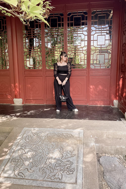 Tor im Chinesischen Garten in den Gärten der Welt