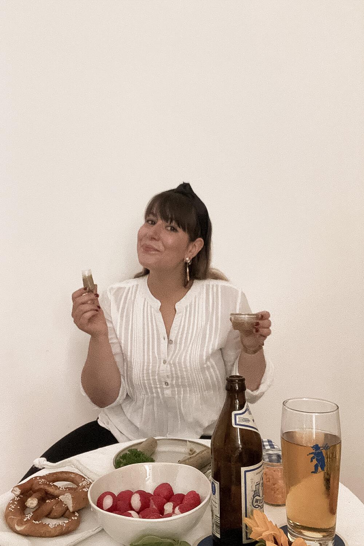 Weißwurst und süßer Senf aus der Weisswurstkiste