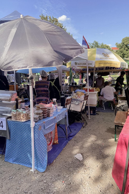 Essenstände im Thai Park Berlin