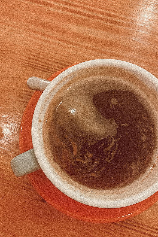 Kaffee im Social Fabric Café in Dublin